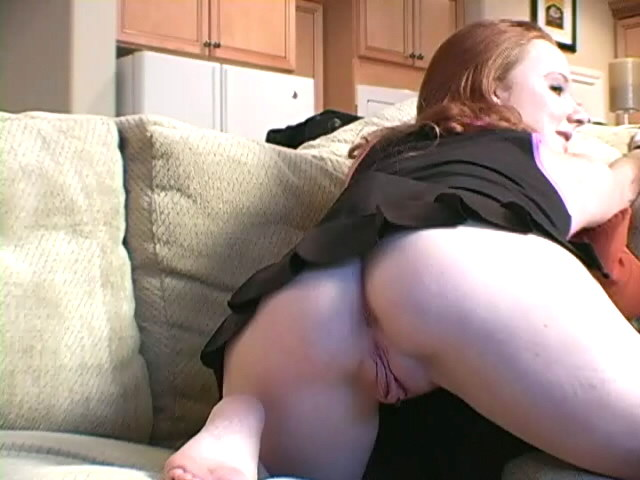 Crimson Haired Teenager Siren Halo Opening Up Her Nailable Rump And Hairless Gash At The Bed